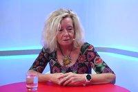 """""""Zelená vdova"""" Monika pila 3 lahve vína denně: Málem jsem zemřela, říká matka dvou dcer"""