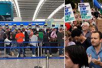 """Děs z tvrdého brexitu i chaosu v letectví: """"Bojím se nechat v Londýně rodinu"""""""