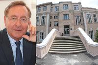 Vinohradskou nemocnici povede dermatolog: Petr Arenberger zde pracuje již přes 30 let