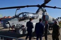 Češi podepíší smlouvu na vrtulníky z USA ještě letos, naznačil Metnar