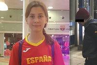 Juniorskou plavkyni Karolínu (†14) našli ve Španělsku s podřezaným hrdlem: Policie zadržela jejího bratra (16)!