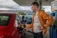 Benzin v Česku skokově podražil. Cena vylétla za jediný týden nejvíc za 10 let