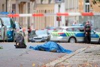 Po střelbě nedaleko českých hranic zemřeli dva lidé. Kontroly sílí i v Česku