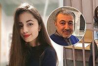 Zvrat v případu sester, které zabily otce: Údajný tyran v době činu spal!