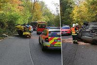 Další havárie luxusního bouráku: Mustang u Břežan skončil na boku!