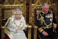 """""""Jen zahřívací kolo."""" Řeč královny Alžběty II. k poslancům zastínil brexit i vláda"""