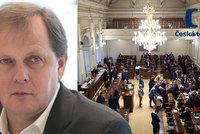 Výroční zprávy ČT znovu ve Sněmovně: Neschválení může vést ke konci Dvořáka