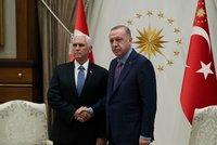"""Kurdové se stáhli z """"bezpečné zóny"""" v Sýrii, hlásí USA. Turecko jim dalo čas navíc"""