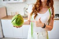 Kam se hrabe elixír mládí! Koktejlem zdraví a krásy je zelí: 5 důvodů, proč jej musíte jíst