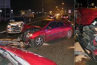 Odtáhl bourané auto kamaráda na laně, ale bez řidiče! Boural podruhé