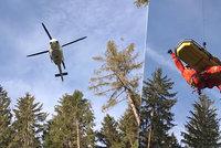 Horská služba zachraňovala turistu v Beskydech: Pomoci musel i vrtulník!