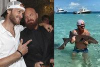 Brácha Jakuba Vágnera chytil žraloka holýma rukama! Tančící rybář jen zíral