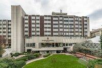 Slavný Hotel Intercontinental: V roce 1968 ho začali stavět na popud Američanů, byl strohý zvenku, vymazlený uvnitř