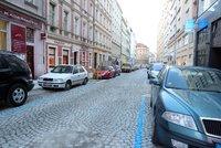 """Zvýhodněné parkování pro zámečníky či instalatéry: Řemeslníci budou mít v Praze tzv. """"podzóny"""""""