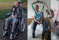 Zázrak! Dva roky od mozkové příhody: Záchranář Zdeněk rehabilituje, sedí a pohybuje nohama
