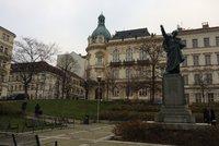Praha 3 zřizuje nové očkovací centrum, stát bude vedle radnice. Fungovat začne, až budou vakcíny
