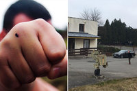 Drsná bitka na brněnské ubytovně: Kvůli rozlitému vínu