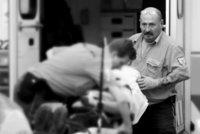 """Pražská záchranka přišla o legendu: """"Kapřík"""" u ní jezdil 25 let, podlehl těžké nemoci"""