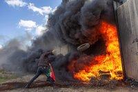 Izrael vypálil rakety na Palestinu. Od Trumpova mírového plánu konflikty sílí