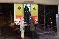Koronavirus ONLINE: Čechy pustili z karantény. Těší se na vlastní postel