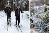 Vichr lámal stromy. Žene se sníh, ochladí se až o 15°C. Sledujte radar Blesku