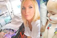 Holčičku (1) vezli z Prahy po operaci nádoru na mozku bez lékaře! Riskovali její život, zlobí se matka