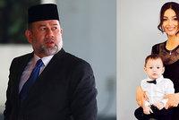 Miss Moskva skoncovala s malajsijským sultánem. Chce se zbavit i exmanželova jména