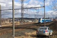 Záhadná smrt v Praze! U kolejí ležela mrtvola, mezi Libní a Běchovicemi nejezdily vlaky