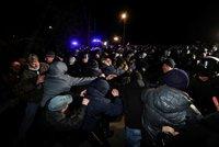 Koronavirus ONLINE: Ukrajina hasí vzpouru a za rakví mrtvého ředitele běžela manželka