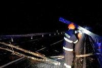 Vichřice pustošila jižní Moravu: Přes 5 tisíc domácností je bez proudu