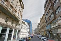 Rekonstrukce v centru Prahy: Na Jungmannovu se po zimní přestávce vrací dělníci
