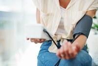 Umíte si doma správně změřit krevní tlak? Tady je podrobný návod!
