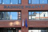Praha 7 si stěžuje na vládu. Ústavní soud bude řešit omezení zastupitelstev