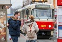 Pražská MHD znovu posiluje provoz: Jak pojedou autobusy, tramvaje či lanovka?