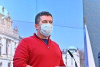 """Koronavirus ONLINE: Závada """"zatajila"""" nová čísla. A krizový štáb řešil nouzový stav"""