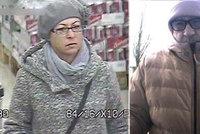 Nepoznáte je? Zlodějské duo řádí na jižní Moravě: Jeden zabaví seniory, druhý je okrade