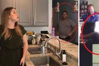 Trapas v přímém přenosu: Žena si došla na záchod uprostřed video hovoru s kolegy! Neuvědomila si, že ji všichni vidí