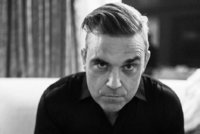 Zodpovědný Robbie Williams v koronavirové karanténě: Neuhodnete, co mu pomohlo!