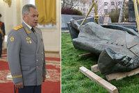 Ruský ministr zuří. Kvůli odstranění sochy Koněva žene na Čechy kriminální ústřednu