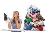 Žehlíte správně? Odborník prozradil tipy pro prádlo bez zmuchlanin!