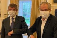 Čekáme na tiskovku: Zeman s Babišem v rouškách o koronaviru v Česku