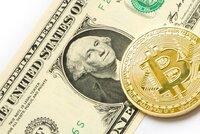 Důvěřivý důchodce chtěl vydělat na bitcoinech: Podvodníci ho obrali o čtvrt milionu