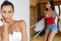 Eliška Bučková jako Pamela Andersonová! Proč oblékla legendární rudé plavky?