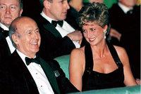 Drsné obvinění exprezidenta (94): Osahával novinářku, měl prý aférku i s princeznou Dianou
