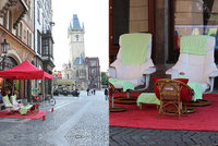 Mega kýč uprostřed Prahy. Na památkově chráněném Staromáku se dělají thajské masáže