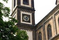 Desítky věžních hodin v Praze rozmontují a dají do pucu. Uliční hodiny zas čeká modernizace