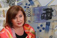 Schillerová překvapila 2000 Kč bankovkou. Za buvola místo Destinové schytala kritiku