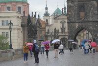 Počasí v Praze bude v týdnu jako na houpačce! Deštník jako nezbytná výbava