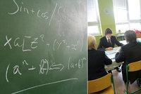 Maturity odstartují testy z matematiky. Potíže s ní má až pětina studentů