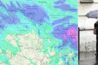 Na Česko se ženou bouřky s přívalovým deštěm, sledujte radar Blesku. Kde platí výstraha?